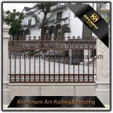 Ornamentos de aluminio decorativos al aire libre de la cerca del arrabio del metal para la decoración del jardín