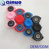 A inquietação do girador da mão brinca brinquedo do esforço de uma rotação de 360 graus o anti