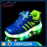 Het Licht van de Jonge geitjes van de goedkope LEIDENE van het Comfort van de Manier Schoenen van Sporten op de Schoenen van Sporten