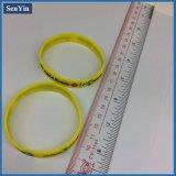 Braccialetti di plastica su ordinazione di alta qualità dei prodotti del silicone