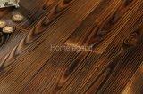 Revêtement de sol en bois travaillé en cendres / sol en bois franc