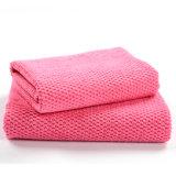 Deformación de la absorción de agua que hace punto la toalla de Microfiber