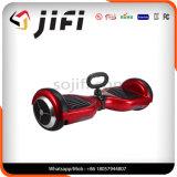 Individu sec volant de deux roues équilibrant le scooter électrique de mobilité pour des enfants