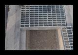Скрежетать проступей лестницы T1