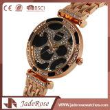 Modèles de montre de quartz d'acier inoxydable de type occasionnel d'or