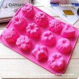 12 moldes diferentes do cozimento do silicone da cor vermelha de Rosa das formas