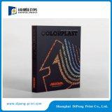 Catálogo profesional de la impresión en offset con el proceso especial en la cubierta