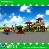 Kind-im Freienspielplatz-Geräten-Vergnügungspark-Plättchen-Spielplatz