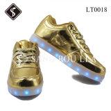 De LEIDENE van de Jonge geitjes en van de Vrouwen van de Stijl van de manier Schoenen van de Tennisschoen en de Schoenen van Pu