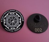 El Pin modificado para requisitos particulares de la serie Badges pequeña insignia del laser de los contactos de la solapa en la parte posterior de la divisa