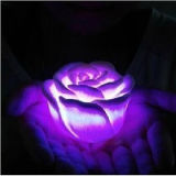 LED Flameless Colorful Change Rose Candle mit Pretty Package