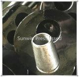Attaches en acier contraintes d'avance de trou du rond deux