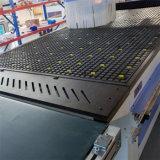 travail du bois de commande numérique par ordinateur de 1300*2500mm découpant la fraiseuse pour la cuisine Carbinet et le panneau de particules