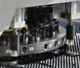 Il tipo Dadong T30 16 di Amada dispone la macchina per forare 1500 di CNC