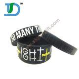 Wristband del silicone di Debossed con colore riempito