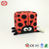 O delicado do quadrado do luxuoso do gato preto enchido com esponja caçoa o brinquedo