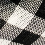Il filato del tessuto del poliestere ha tinto il prodotto intessuto della fibra chimica del tessuto per l'indumento dei bambini del cappotto del pannello esterno del vestito dalla donna