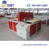 Extrudeuse en Plastique de Production de Guichet de WPC de Profil en Bois de Panneau Faisant Des Machines