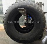 Аграрные покрышки трейлера флотирования машинного оборудования фермы Trc-03 650/65-30.5 для распространителя, жатки, ящиков топливозаправщика
