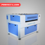 Machine acrylique/en plastique/en bois Pedk-9060 de coupeur de graveur de laser de CO2 de panneau de /PVC