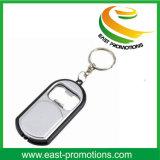 Abrelatas de botella LED Keychain con la insignia impresa