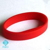 卸し売りカスタムサイズのシリコーンISO15693 RFID Icode Sliのリスト・ストラップかブレスレット