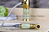 Neue Entwurfs-Jade-herausziehbarer Bassin-Hahn (Zf-M03-3)