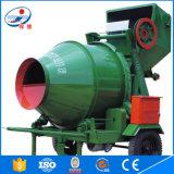 Rifornimento della fabbrica con la betoniera di Jzc 250 di alta efficienza