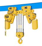Una gru Chain elettrica da 3 tonnellate con il carrello di potere
