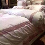 Beddegoed het van uitstekende kwaliteit van de Luxe van het Hotel van de Bladen van het Bed van het Hotel van het Beddegoed voor de Flat van het Hotel