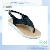Самые последние сандалии женщин PVC просто конструкции