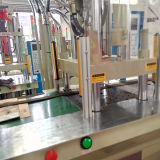 Fabrik-kundenspezifische vertikale Plastikeinspritzung-formenmaschine für PET