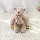 채워진 연약한 뜨개질을 한 장난감 곰