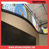 구부려진 위원회 (P10)를 가진 전시를 광고하는 옥외 풀 컬러 LED