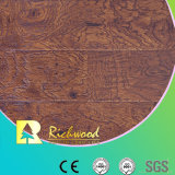 Annuncio pubblicitario 12.3mm E1 AC4 Embossed Oak Waterproof Laminate Flooring