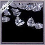 宝石類のための美しい中心の形の立方ジルコニア