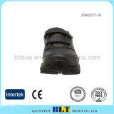 Chaussures amovibles supérieures en cuir d'hommes de couleur de semelle intérieure