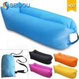 Ein-Mund faules Bohnen-Beutel-aufblasbares Sofa-Luft-Schlafennylonbett
