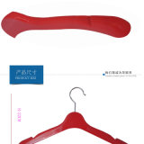 Premières brides de fixation antidérapantes en plastique pour les jupes des femmes