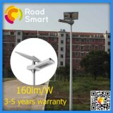 luz ao ar livre da estrada solar do diodo emissor de luz de 50W IP65 com o painel solar ajustável