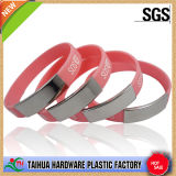 Wristband del metal con el SGS y la insignia modificada para requisitos particulares