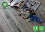 Alternative des Vinylplanke-Bodenbelag-DIY zu WPC hölzernes Bauholz ausgeführter lamellenförmig angeordneter Fliese