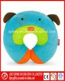 赤ん坊のギフトのためのかわいい犬のおもちゃの首の枕