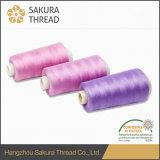 높게 매력적인 화려한 광택 및 넓은 색깔 시리즈를 가진 Sakura 상표 폴리에스테 스레드