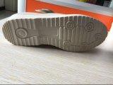 Chaussures de santé avec la bande magique pour des chaussures de pied diabétique d'empêchement