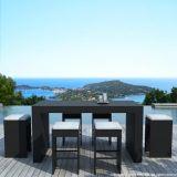 高品質の余暇のテラスの庭の柳細工の屋外の家具のパブ棒ビストロの藤椅子および表