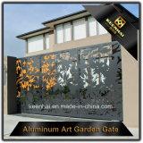 Porte en aluminium décoratif découpée au laser