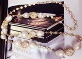 デザイナー真珠のネックレス