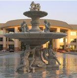 Fontana esterna della pietra della scultura