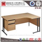 現代オフィス用家具は坐る立てるために鋼鉄(NS-ND012)の高さ調節可能なコンピュータ表を